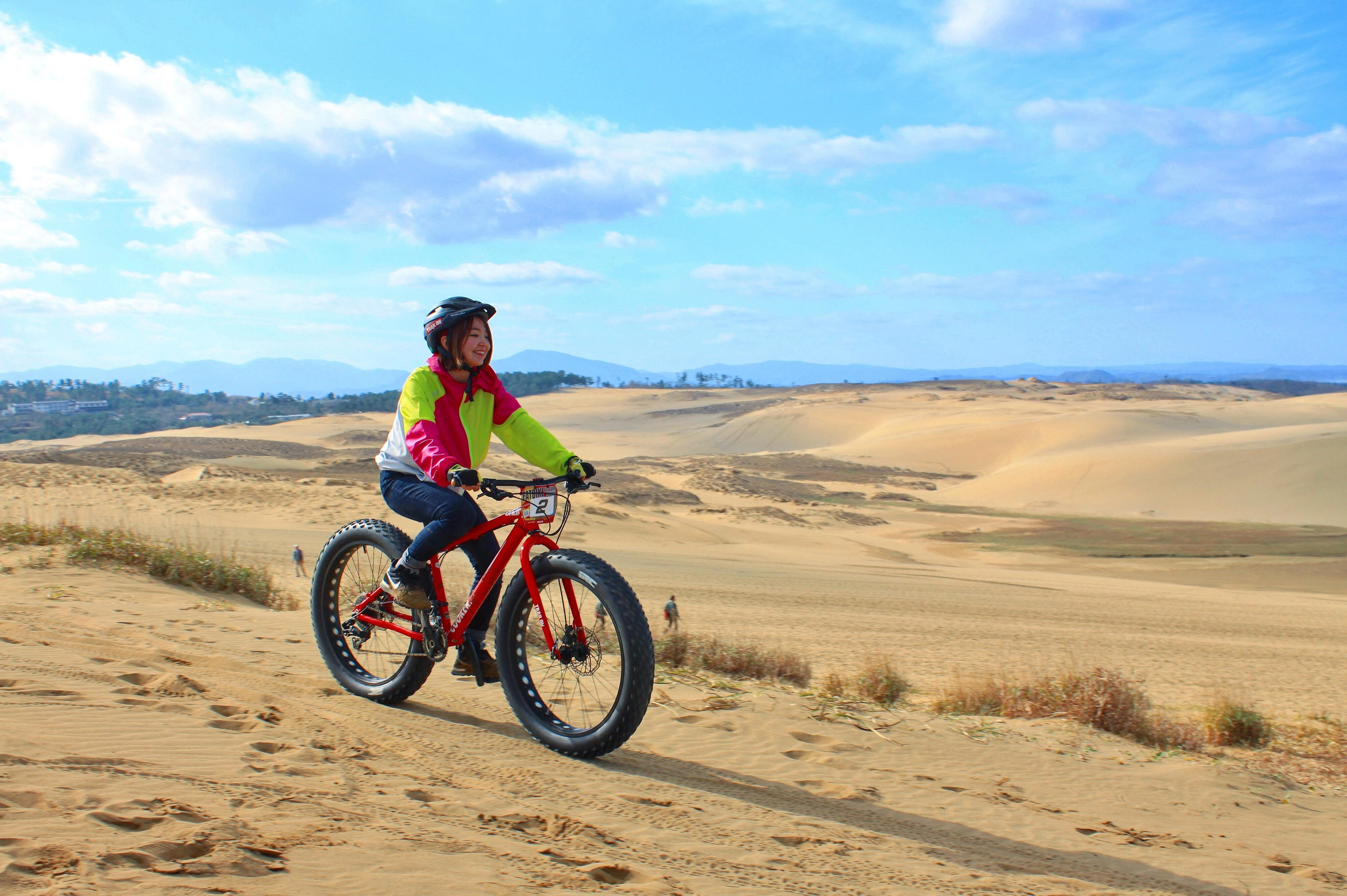Mountain Biking on the Tottori Sand Dunes (Eastern Part of Tottori)